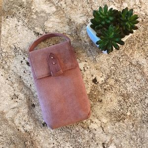 Small pinkish/Purple crossbody